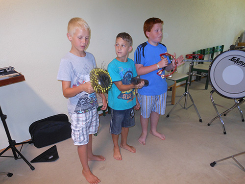 funny-music-camp_1